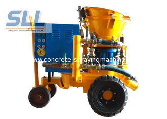 China Convenient Operation Concrete Spraying Machine For Dry / Damp / Wet Concrete Spray supplier