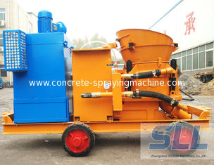 China Dustless Concrete Shotcrete Machine For Swimming Pool Construction supplier