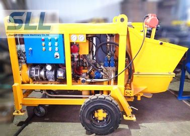 China Diesel Engine Concrete Pumping Equipment With Concrete Hose 15m3/H Output distributor